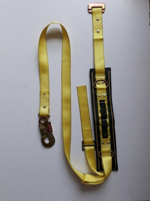 dây an toàn A2 Vàng móc nhỏ
